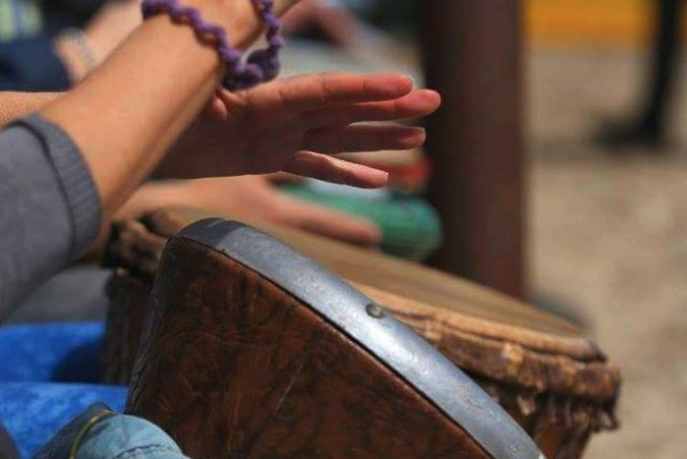 Drum Circle nel bosco